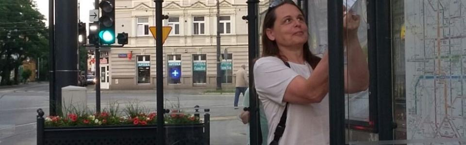 Straßenbahnstation Redekoration Selfie